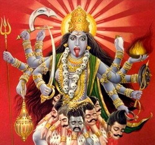 Kali, una de las aproximadamente 330.000 divinidades  veneradas por los hindúes