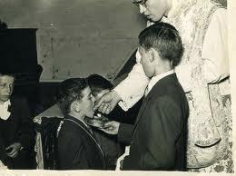 La comunión en la boca antes del Vaticano II