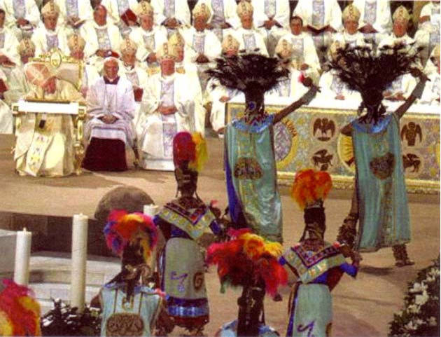 "Anti Papa Juan Pablo II danza azteca durante ""misa"""