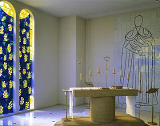 La misa en latín no usa mesas para su altar
