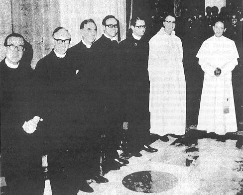 Los seis ministros protestantes que ayudaron a diseñar la nueva misa fueron los Docs. George, Jasper, Shepherd, Kunneth, Smith y Thurian.