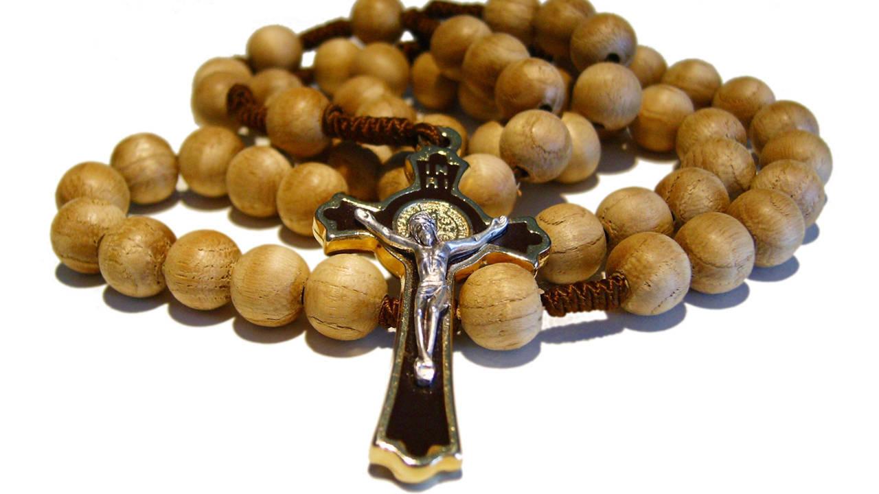 Importante información espiritual: Rezad el Santo Rosario y tened devoción a la Santísima Virgen María