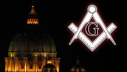 Los enemigos de la Iglesia, comunistas y masones, hicieron un esfuerzo organizado para infiltrar a la Iglesia Católica