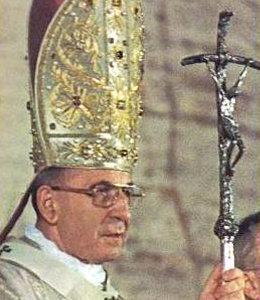 Antipapa Juan Pablo I con la cruz torcida